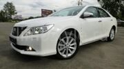 toyota_camry_2013-white-and-white_1
