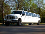 Ford-Excursion-white-25mest_00001