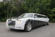 rolls-royce_phantom_white-black-2